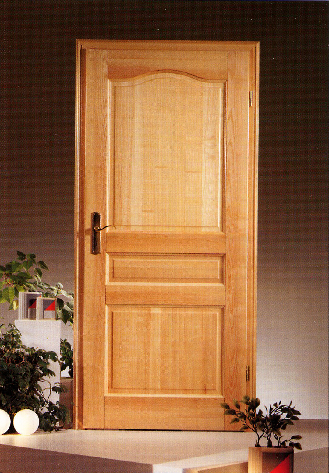 modele porte interieur modele de porte interieur porte texturace a panneaux modele de porte. Black Bedroom Furniture Sets. Home Design Ideas