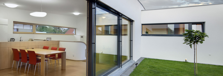 fabricant de portes en bois ext rieur saverne. Black Bedroom Furniture Sets. Home Design Ideas